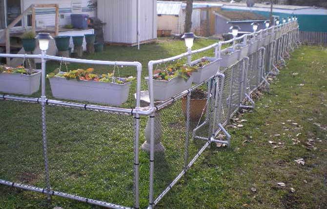 Как сделать забор из пвх труб своими руками
